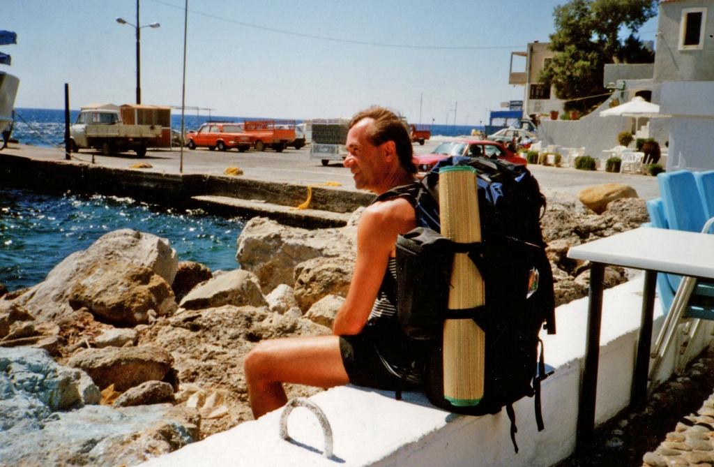 1994 warten auf die F hre in Paleochora Kreta small2