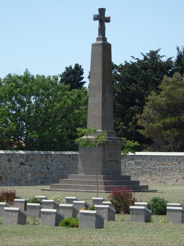Auf dem Friedhof von Moudros ruhen Soldaten aus dem gesammten Commenwealth 1 SMALL