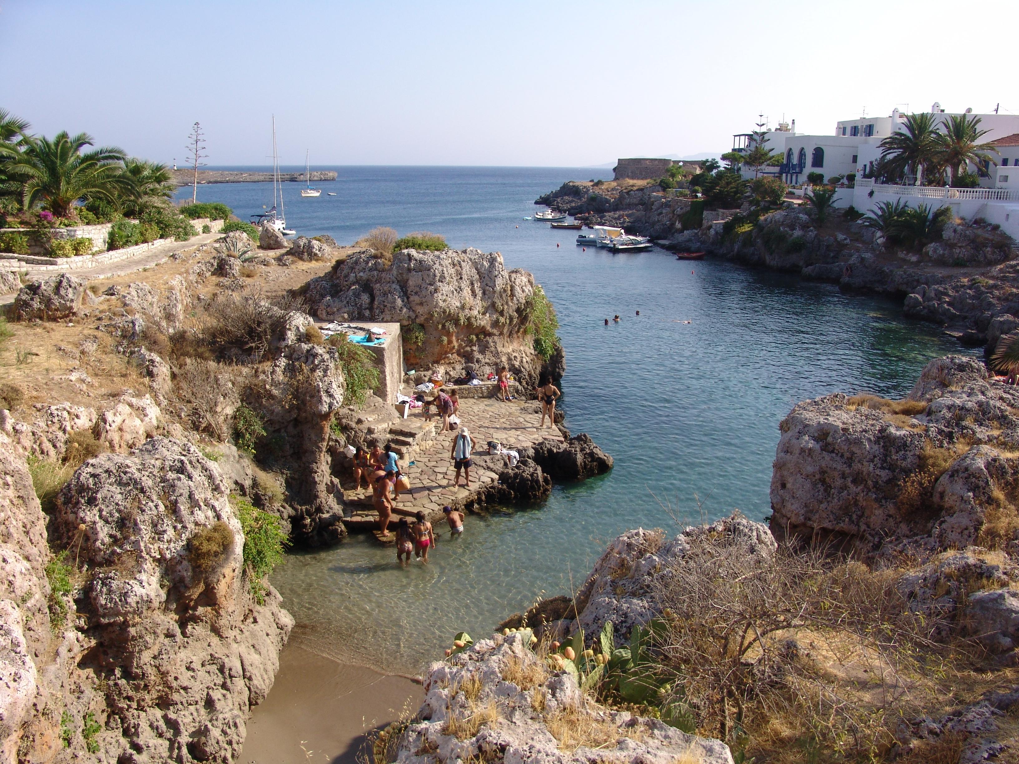 Badespaß bei Avlemonas Foto GZjh