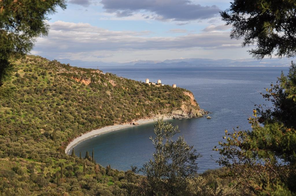 Peloponnes 2013 Arkadiens Kueste lieht am Argolischen Golf SMALL