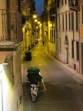 Hotelzimmer Altstadt Verona SMALL