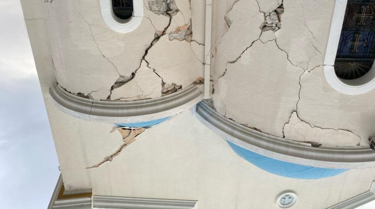 Erdbebenschäden sind noch immer sichtbar