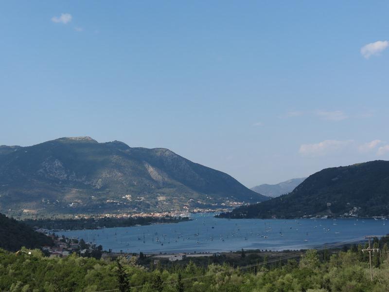 die fjordartige Bucht von Vlicho SMALL