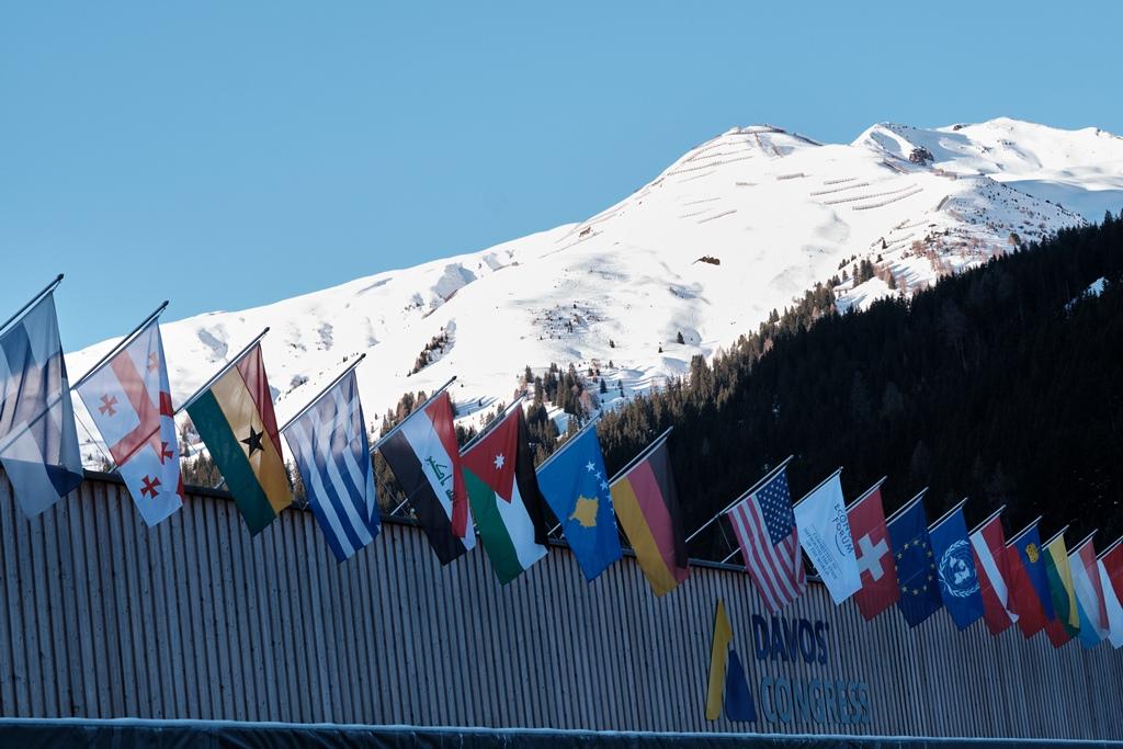 200124 Davos 3 SMALL
