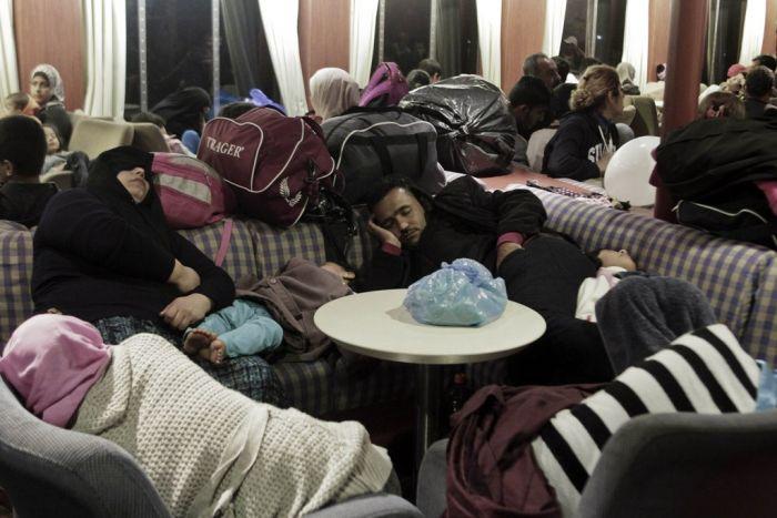 170 Flüchtlinge auf einsamer Insel in Griechenland ausgesetzt