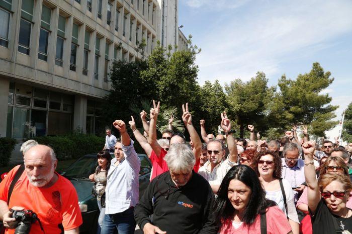 Griechenlands Staatssender ERT nimmt den Betrieb wieder auf