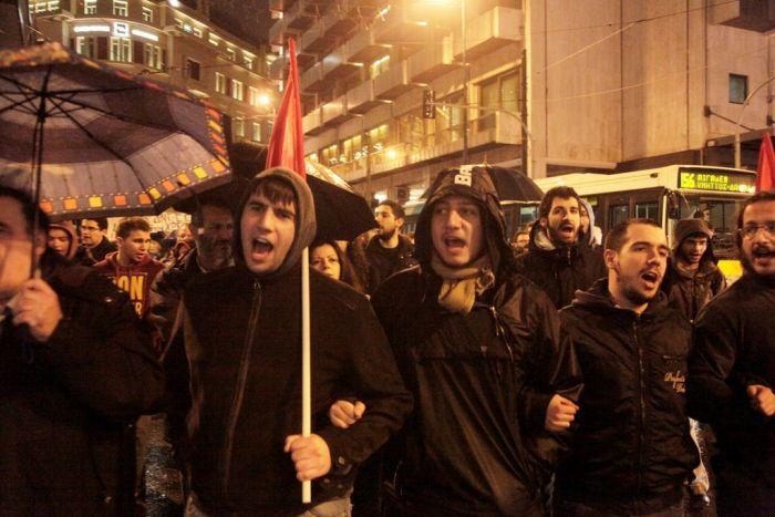 Erste Proteste von links in Griechenland