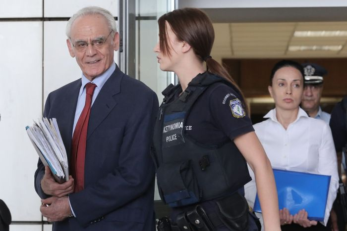 Frau von Griechenlands Exminister Tsochatzopoulos aus der Haft ausgebrochen