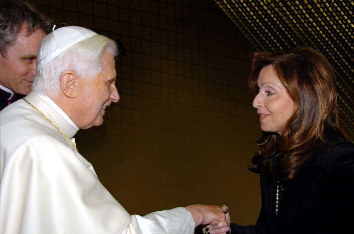 Vicky Leandros erhielt Bundesverdienstkreuz