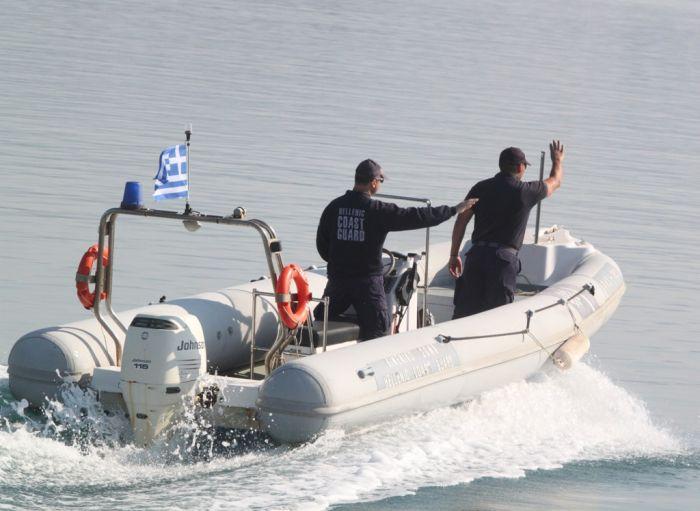 Containerschiff mit Waffen vor Kreta aufgebracht