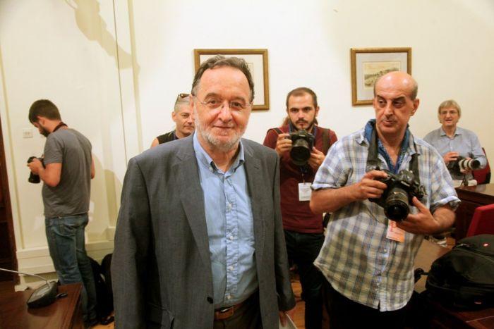 """Linker Flügel spaltet sich als """"Volkseinheit"""" von SYRIZA ab"""