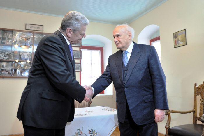 """Gauck zu Entschädigungen: Athen spricht von """"historischer Bedeutung"""""""