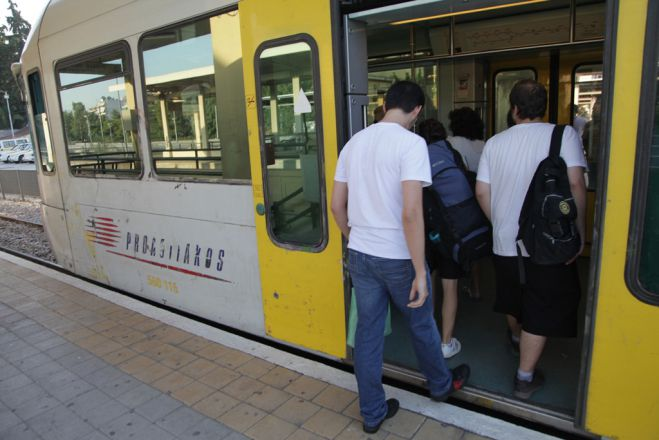 "U-Bahn-Streik am Donnerstag in Athen – Bahnstreik folgt <sup class=""gz-article-featured"" title=""Tagesthema"">TT</sup>"