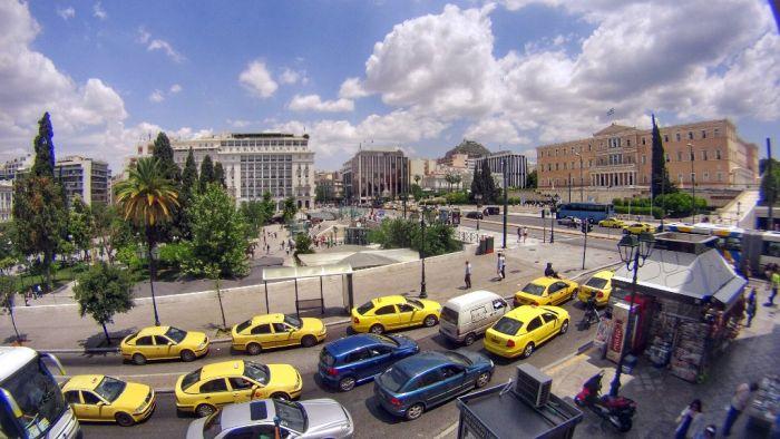 Mitternächtliche Vertrauensabstimmung im griechischen Parlament