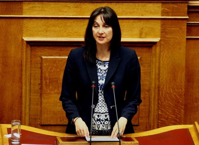 Tourismusministerin: Macht Urlaub in Griechenland!