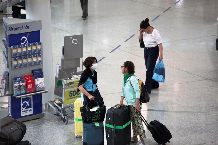 Fluglotsen in Griechenland drohen mit Streik