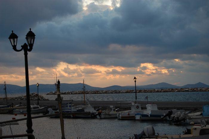 Das Wetter in Griechenland: Gewitterfront Nr. II über Hellas