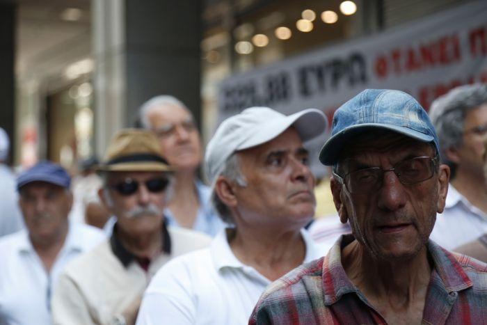Trübe Stimmung im Wonnemonat August in Griechenland