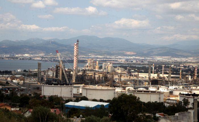 Schwerverletzter Arbeiter nach Raffinerieunfall verstorben