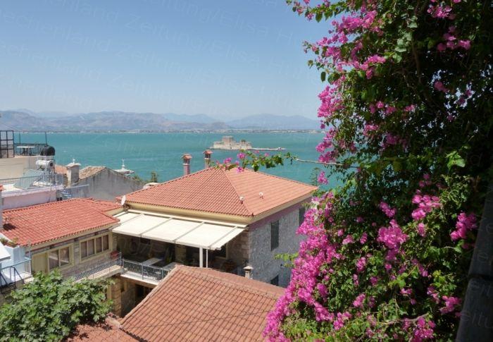Überwiegend klarer Himmel über Hellas