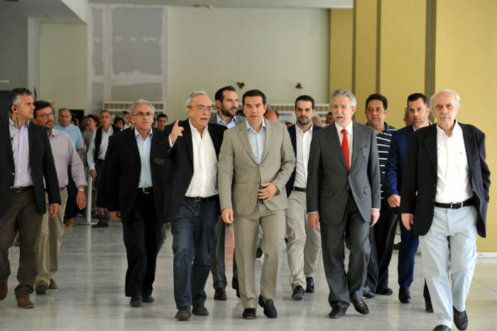 Griechenland weiterhin auf der Tagesordnung: Kopfzerbrechen auf allen Ebenen