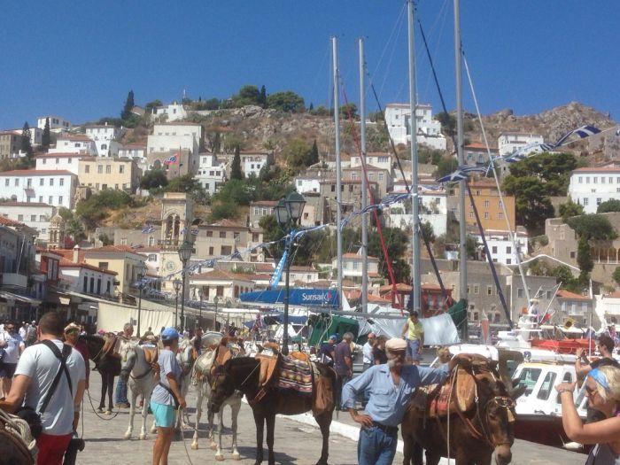 Sonniger Wochenauftakt in Hellas