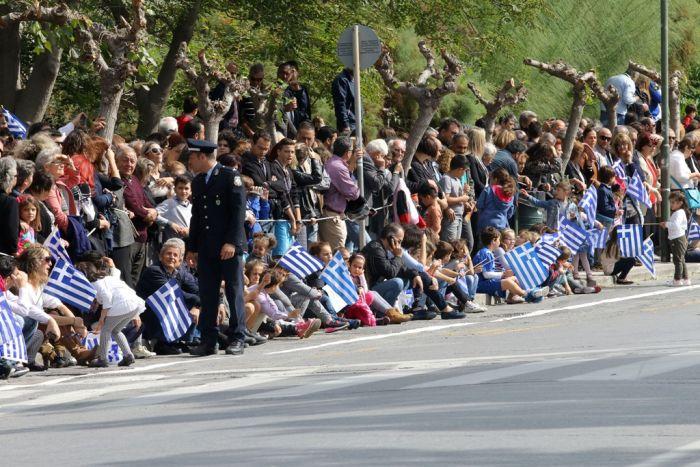 """""""Ochi""""-Tag: Griechenland feierte mit Militär- und Schülerparaden"""