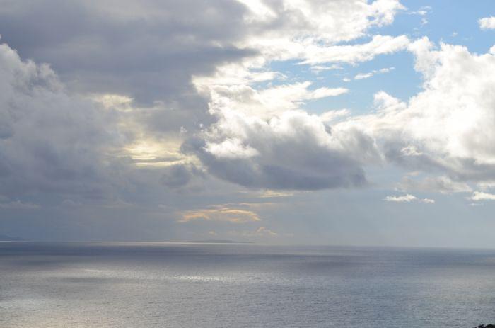 Das Wetter in Griechenland: im Süden sonnig und im Norden Regen und Gewitter