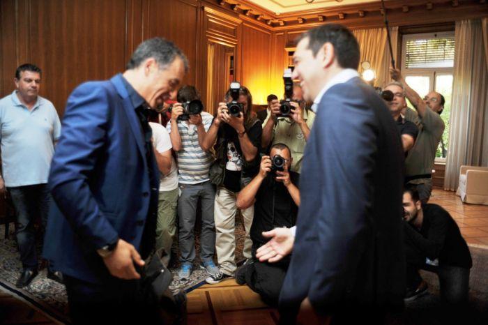 Oppositionspolitiker sondieren bei Ministerpräsident Tsipras