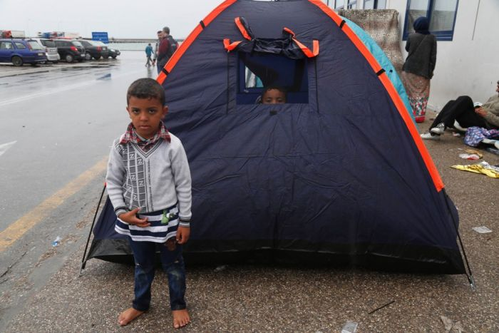 Vier tote Flüchtlinge wegen schwerer See in Griechenland