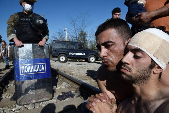 Bau von Grenzzaun führt zu Spannungen mit Flüchtlingen