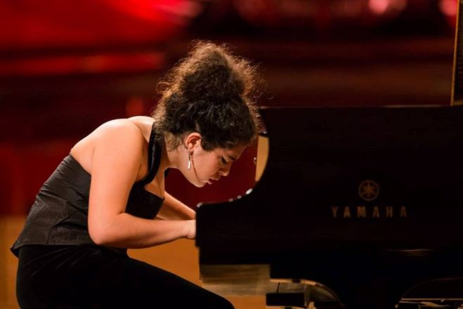 "Samos Young Artists Festival: Pianistin ""Alexia Mouzá """