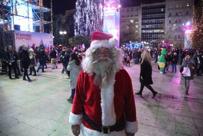 Ai Vassilis: Ein Kirchenvater als Weihnachtsmann?