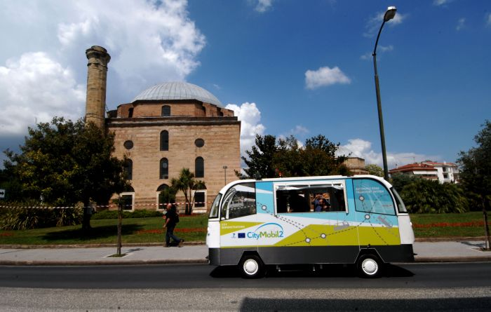Erste Panne mit fahrerlosem Bus in Trikala