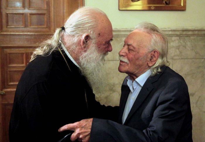 Linkspolitiker Glezos bittet Erzbischof um kirchliche Bestattung